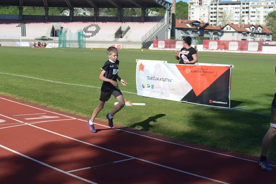 Ekipno prvenstvo BiH za mladje junire-ke - 800 m[6282]